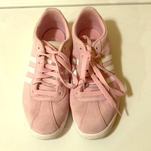 Shoes - Adidas sneakers